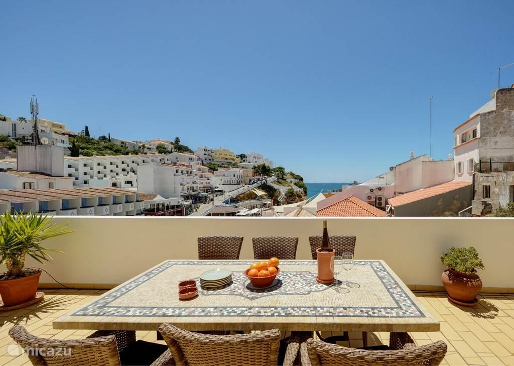 vacation rental portugal algarve carvoeiro apartment casa amarela