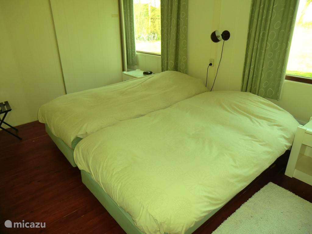 Slaapkamer met twee eenpersoonsbedden (200x90)