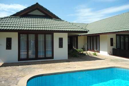 Vacation rental Thailand – villa Petit Villa