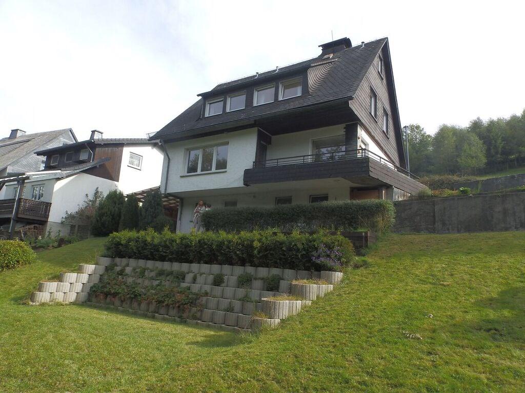 Lang weekend of week regio Winterberg? Luxe Sauerland Panorama Vakantiehuis -voor max 11 p - geeft 10% korting op verblijf vanaf 3 nachten. Welkom!