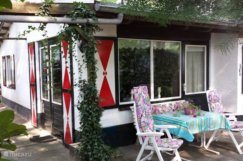 Vacation rental Netherlands, Limburg, Baarlo Bungalow Holiday Bungalow & Subtr. Swimming P