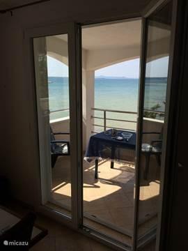 Appartement luxe appartement direct aan strand in zadar dalmati kroati huren - Eilandjes van keuken ...