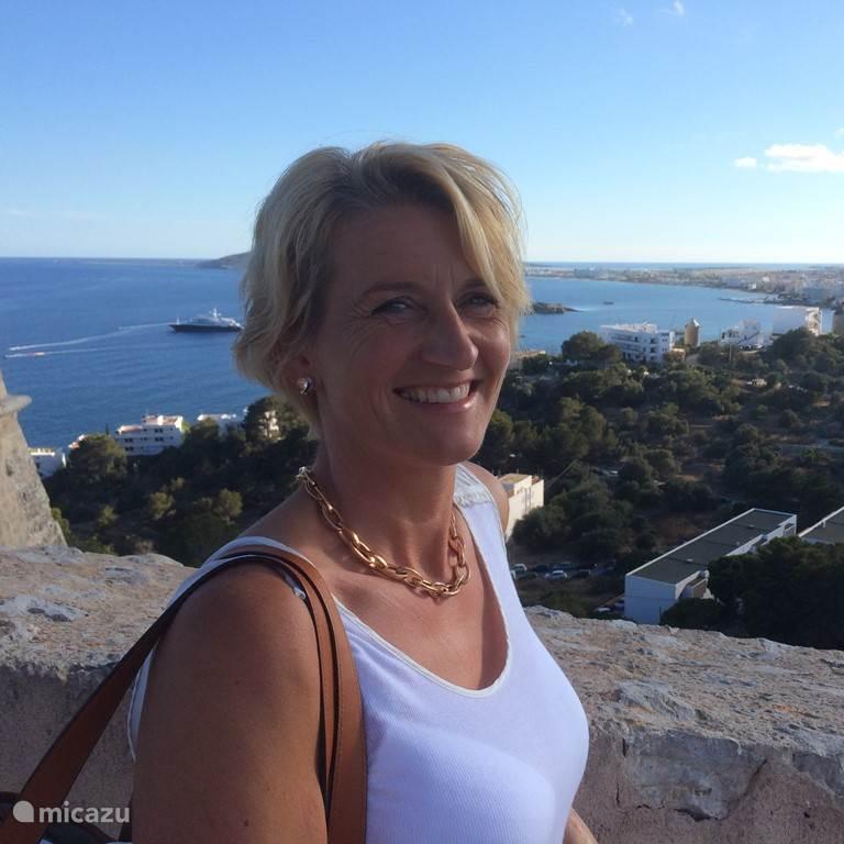 Lia Hoogendoorn