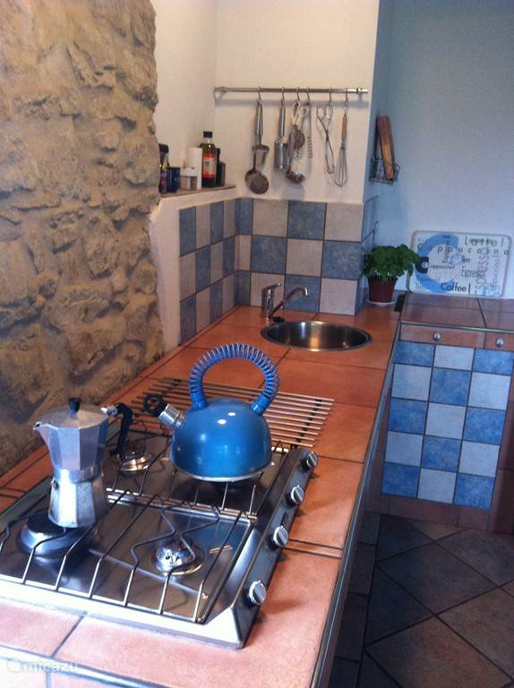Lucertola. Appartement Claudia. Keuken.