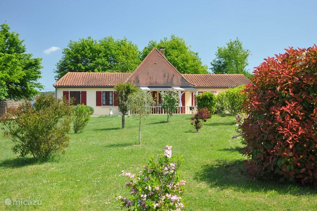 Vacation rental France, Dordogne, Castelnaud-la-Chapelle - holiday house Muron