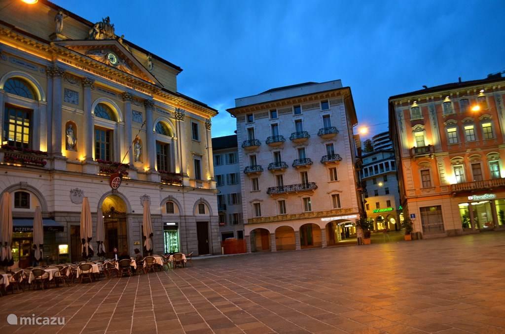 Lugano is een prachtige stad op 20 minuten afstand om te winkelen en te bezichtigen.