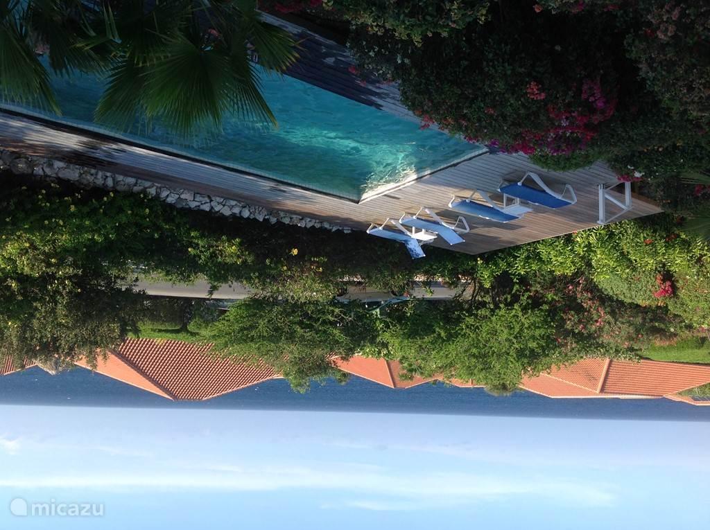 Zeezicht vanaf balkon