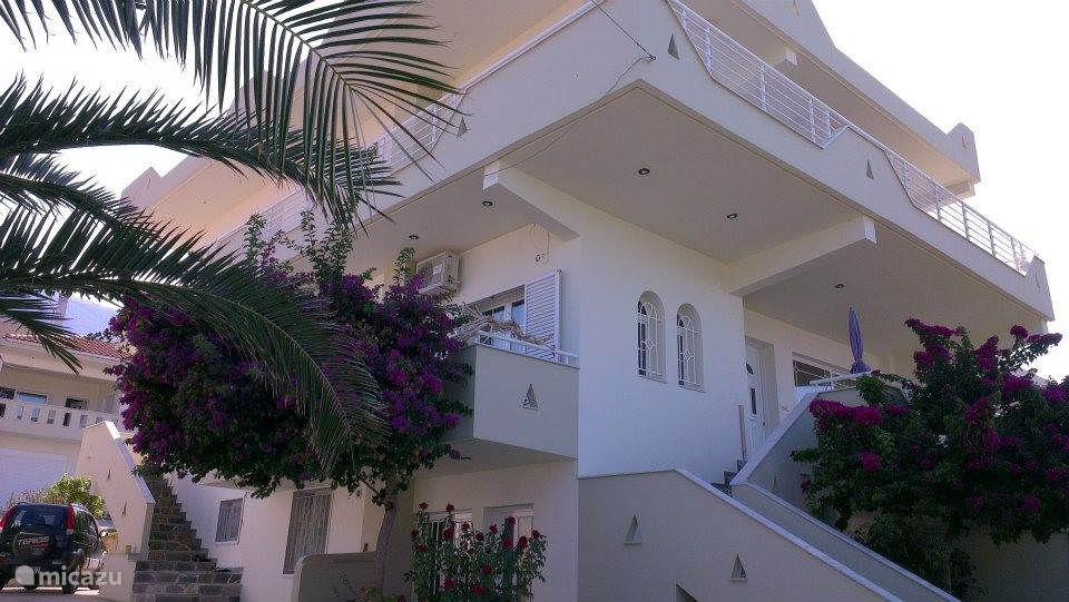 Een luie trap brengt je naar de 1e verdieping