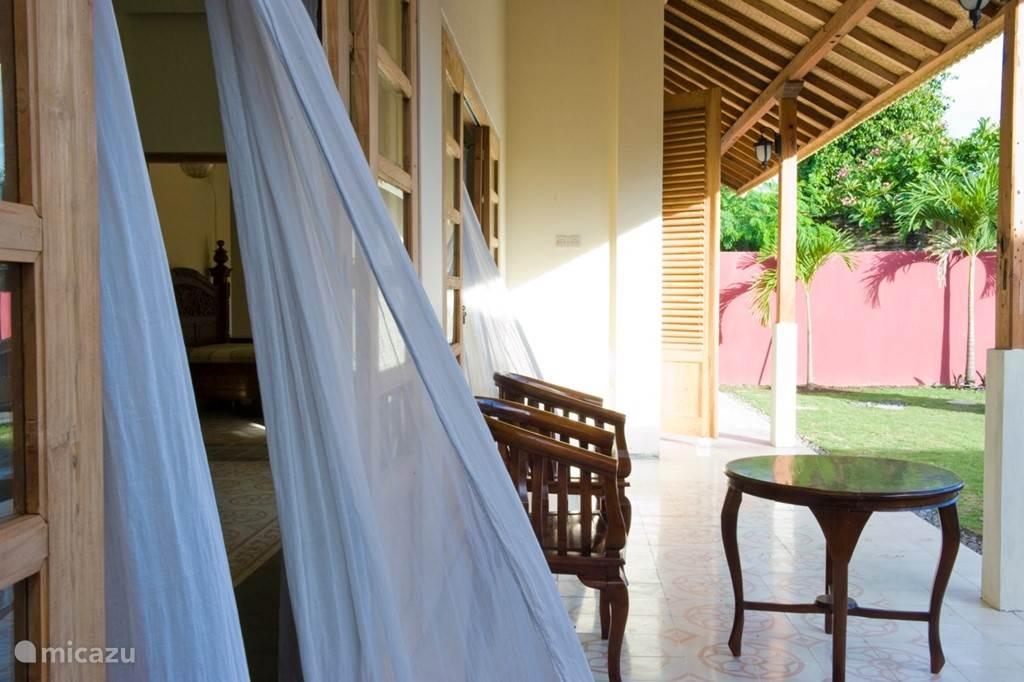 Diamond villa: Een fijn teras om lekker te relaxen