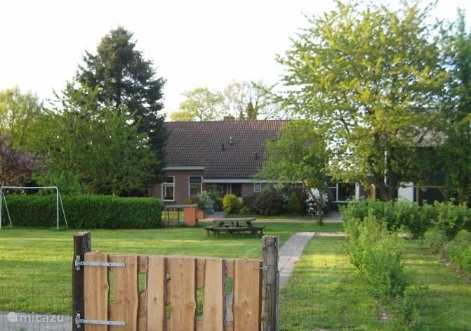Vakantiehuis Nederland, Groningen, Vlagtwedde boerderij Familie-vakantiehuis 'De Weyde'