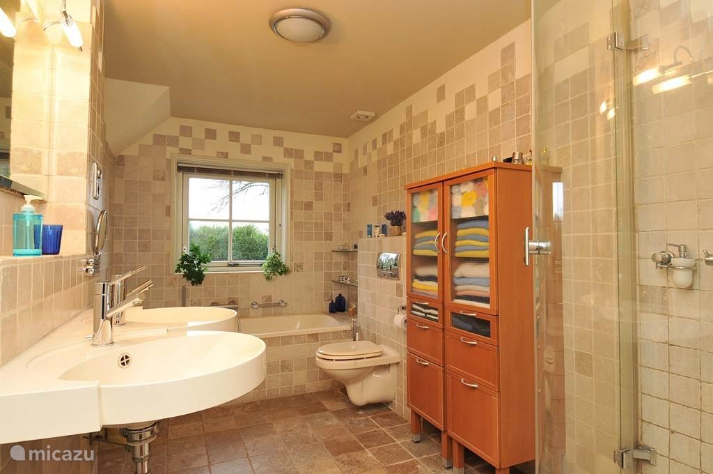 badkamer gegane grond