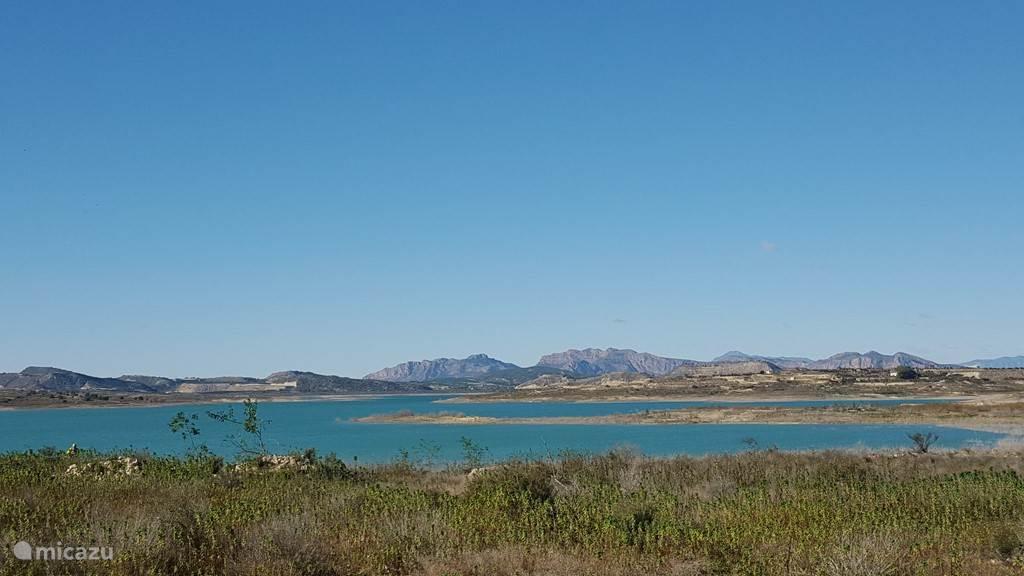 embalse de la pedrera, het meer bij Torremendo