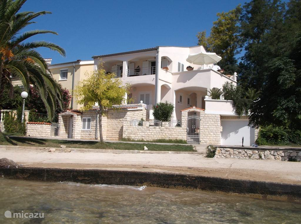Vacation rental Croatia, Dalmatia, Zadar Villa Beach House - Beachfront Villa