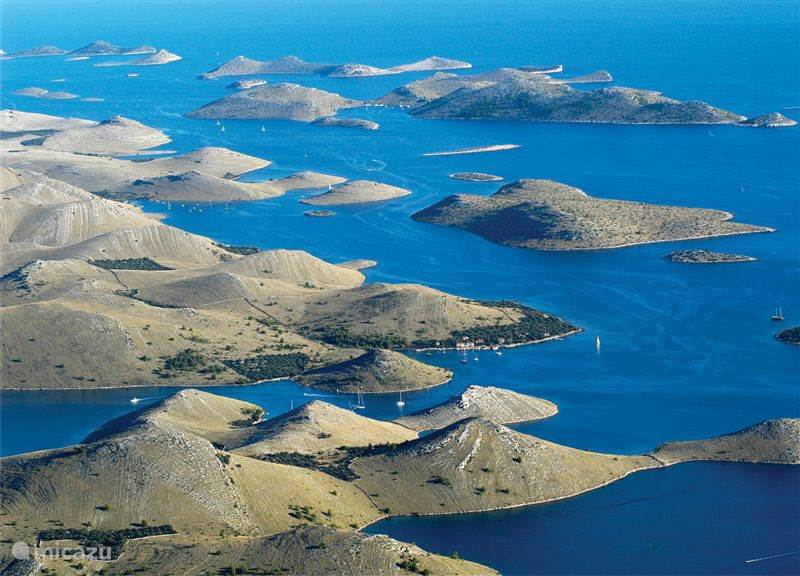 wow factor of Croatia: islands, islets, islands