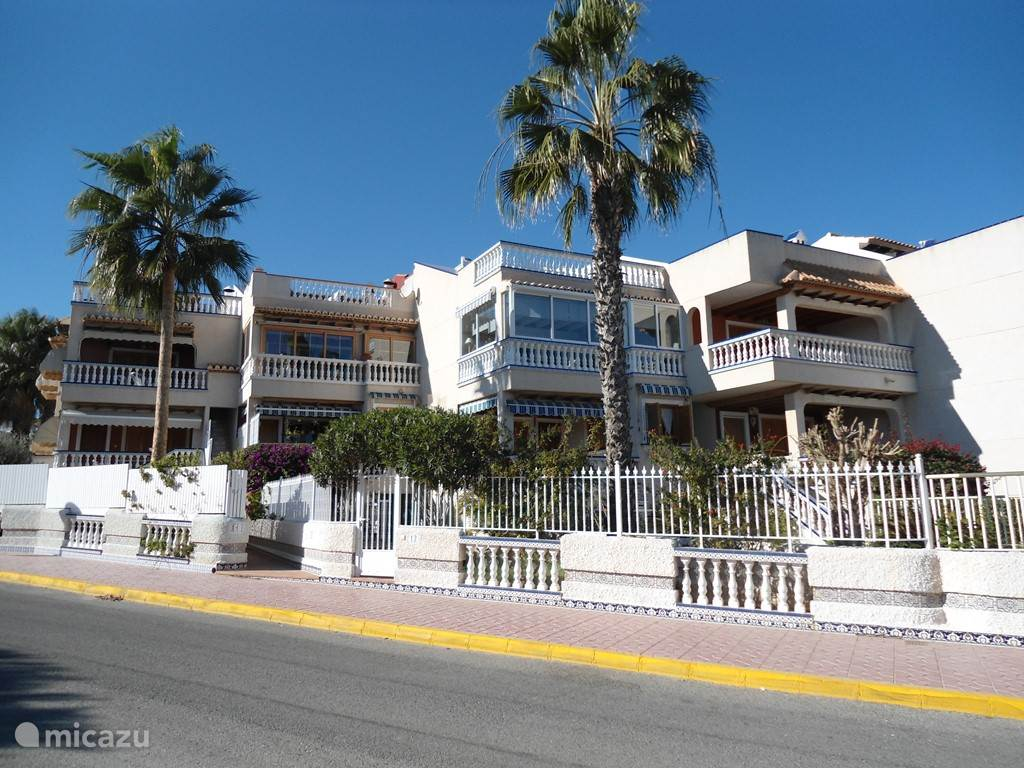 Vacation rental Spain, Costa Blanca, Guardamar del Segura bungalow Mirar el Sol