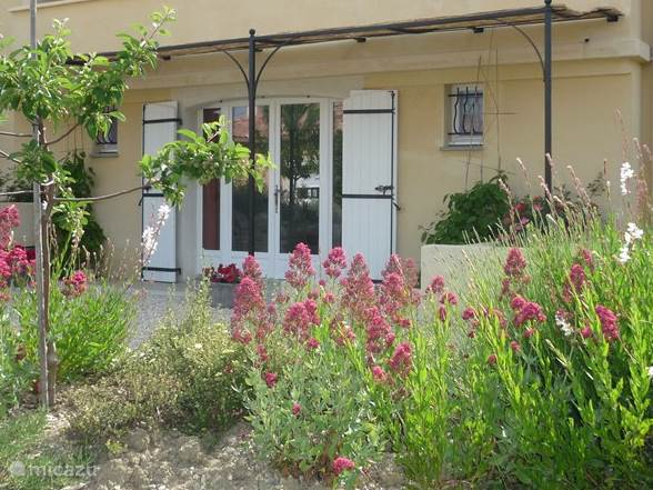 Vacation rental France, Provence, Montbrun-Les-Bains Studio Spacious Studio in Mont Ventoux