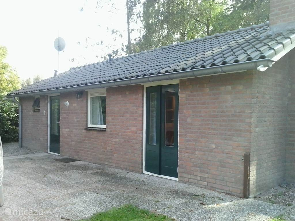 Vacation rental Netherlands, Gelderland – bungalow Red Beech