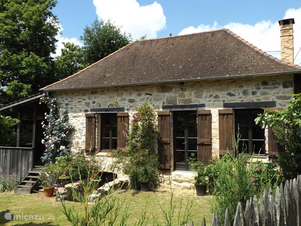 Vakantiehuis Frankrijk, Limousin, Château-Chervix vakantiehuis Les Chambaudies sfeervol huis