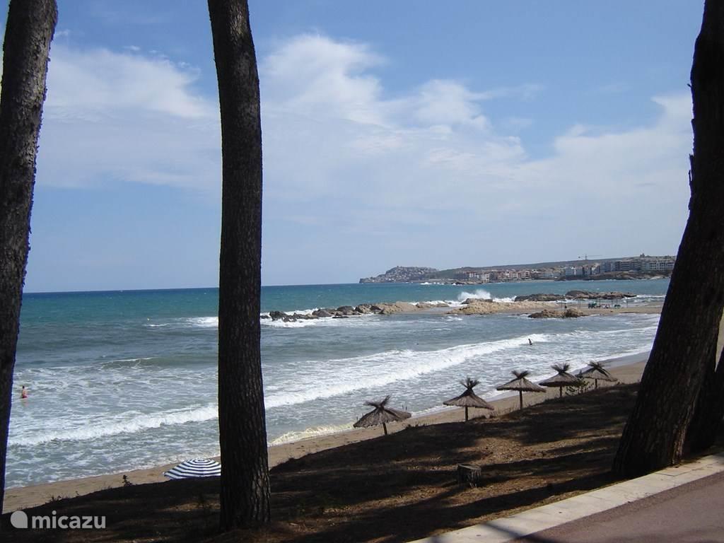 In de omgeving van Vilacolum zijn diverse stranden waar u heerlijk kunt vertoeven.