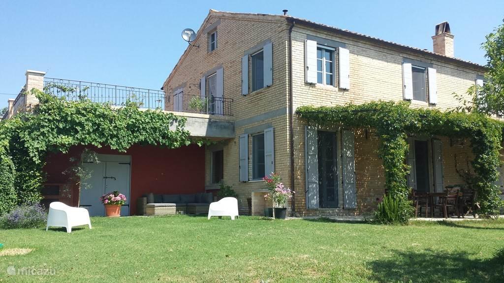 Vakantiehuis Italië, Marche, Castignano vakantiehuis Casa Castignano