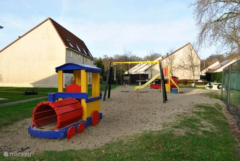 Een leuke speeltuin voor de kleintjes binnen handbereik