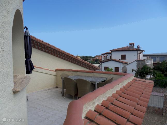Balkon met meubilair