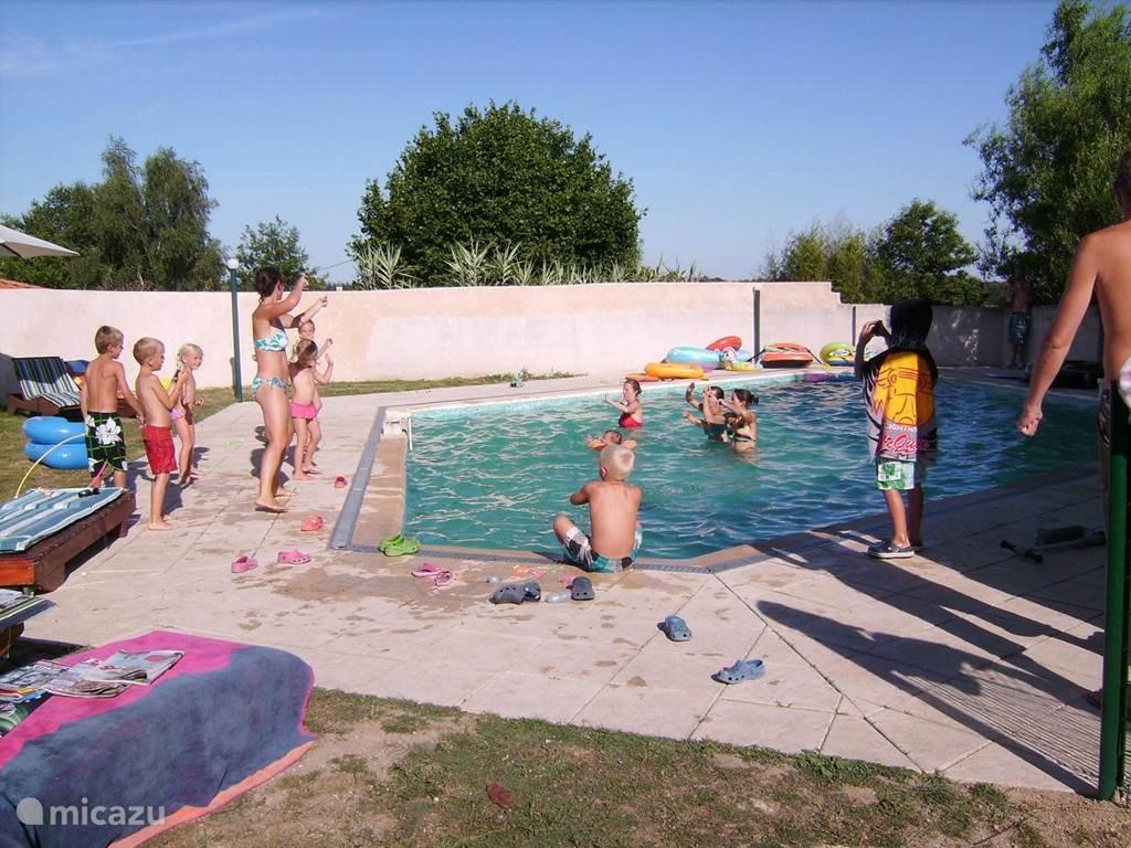 Grote zwembad (diepte 1,15)