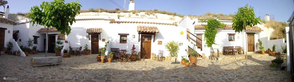 Vacation rental Spain, Andalusia, Huescar bed & breakfast The Cave Houses