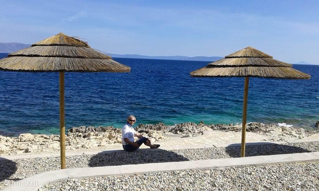 Uitkijken op de baai van Rabac.