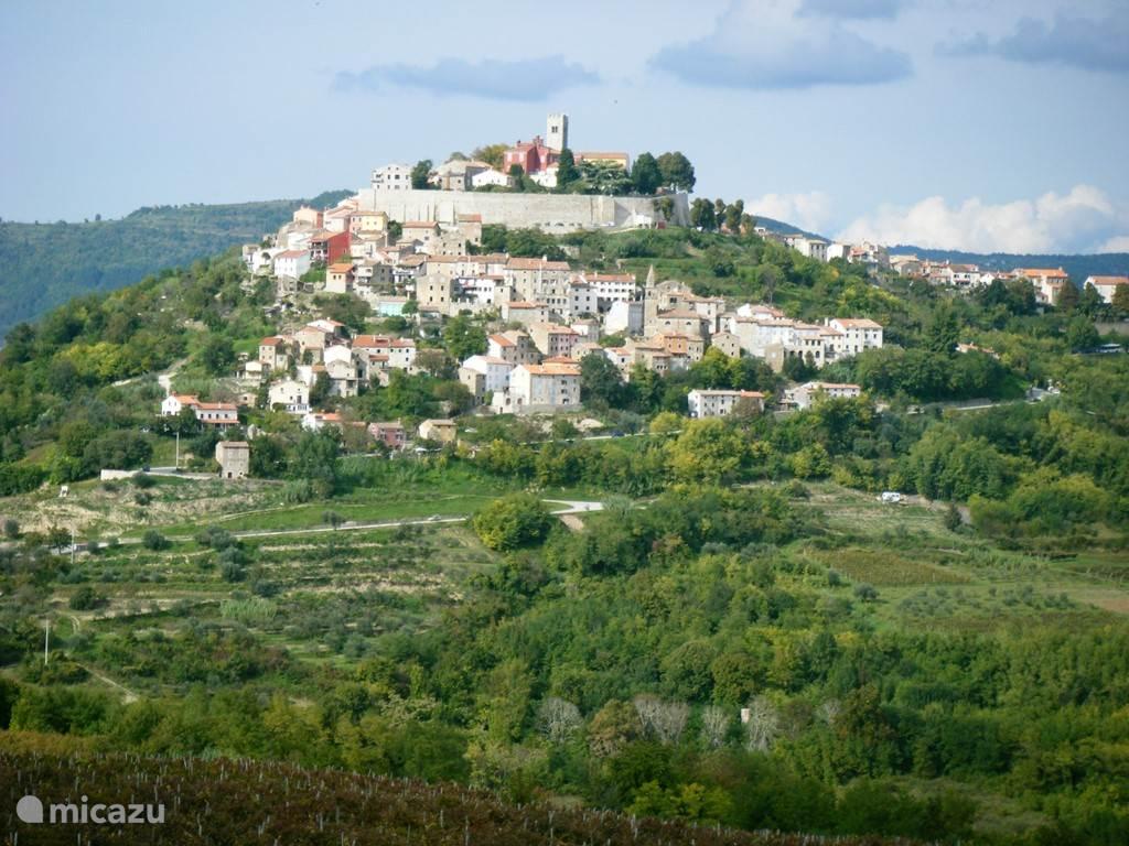 het middeleeuwse stadje Motovun.