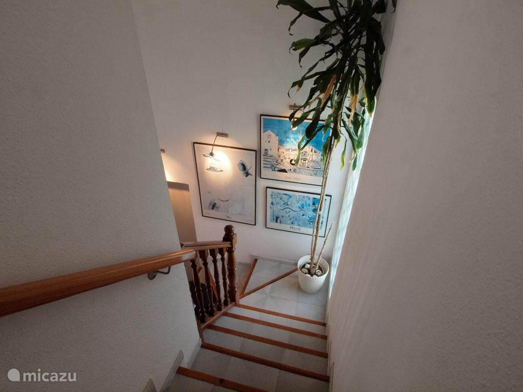 trap naar de tweede verdieping