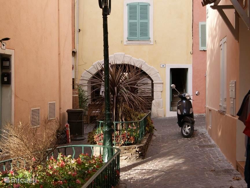 Saint Tropez beautiful city center