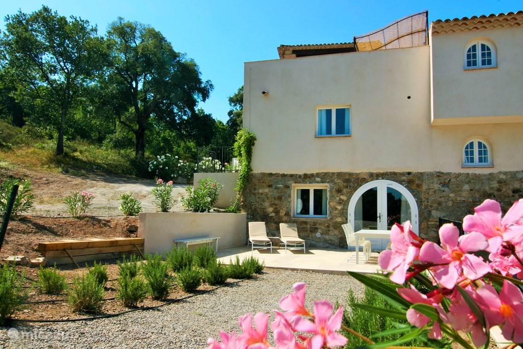 Vacation rental France, French Riviera,  Le Plan-de-la-Tour holiday house Hameau des Claudins 21 Mazet