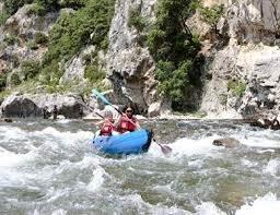 Met de kano op de rivier de Ardeche of Chassezac