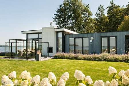 Vakantiehuis Nederland, Gelderland, Hulshorst (Veluwemeer) bungalow Villa met privé strand