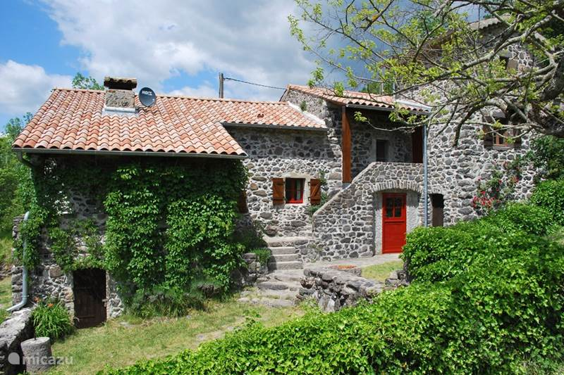 Vacation rental France, Ardèche, Darbres Holiday house Le Rancho