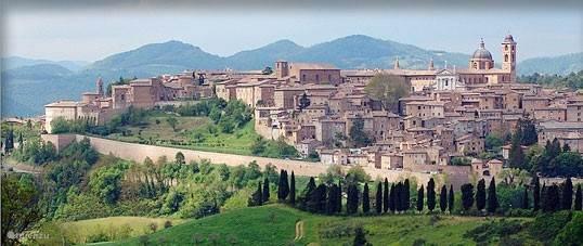 Mooi zwembad met zonneterras  Ca'Maggio is een kleinschalige 'Borgo' opgesplitst in 5 karakteristie