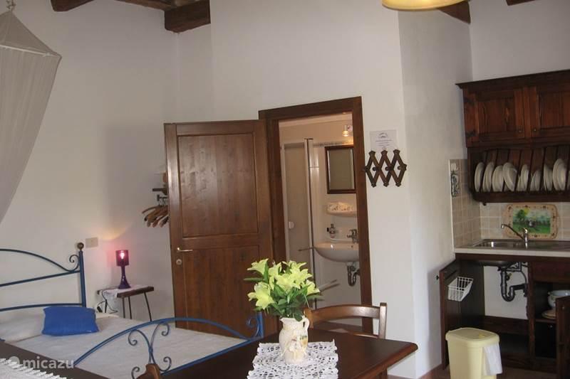 ferienhaus urbino studio apt by camaggionuovo in acqualagna marken italien mieten micazu. Black Bedroom Furniture Sets. Home Design Ideas