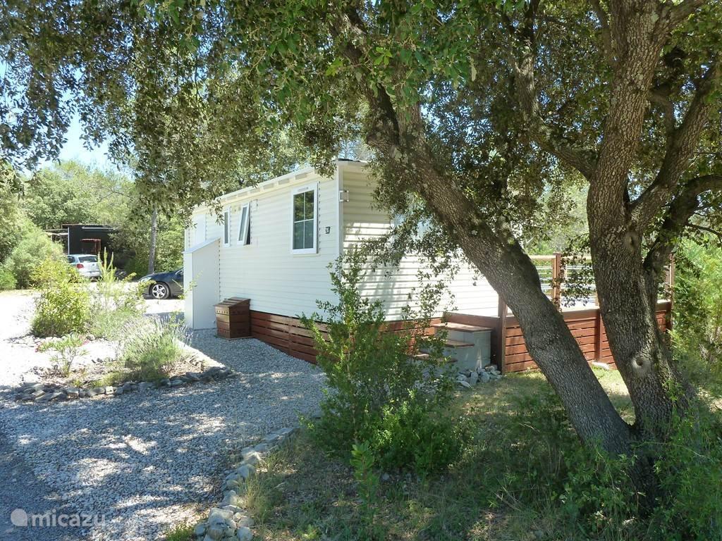 Vacation rental France, Languedoc-Roussillon, Vacquières - chalet Chalet 205