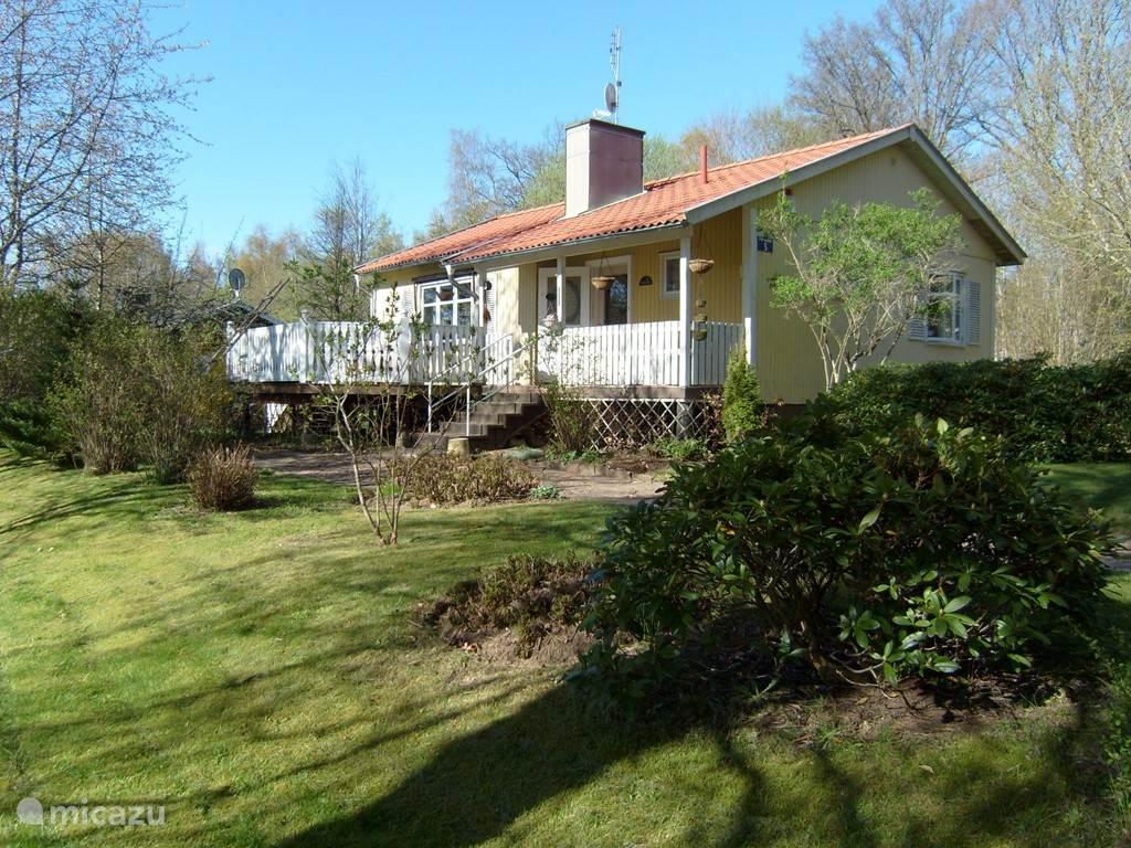 Vakantiehuis Zweden, Småland – vakantiehuis Comfortabele woning met veranda