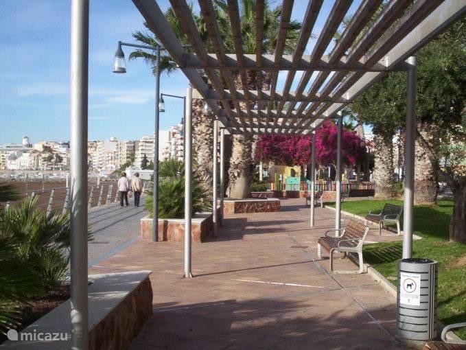 boulevard van het appartement naar het centrum
