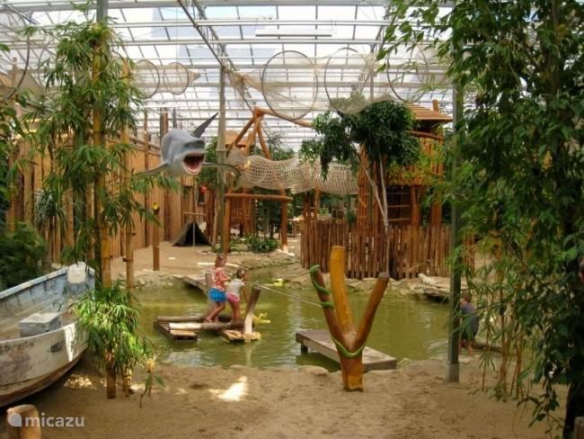 Berkenhof Tropical Zoo, Kwadendamme
