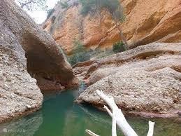 Avontuur: wandel de rivier Rio Chicamo