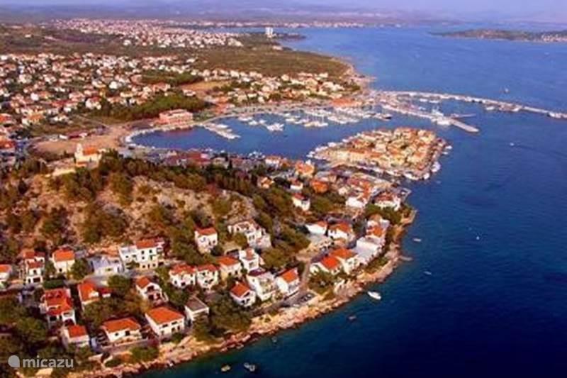 Vakantiehuis Kroatië, Dalmatië, Tribunj Appartement Appartement C - Mladenka Tribunj