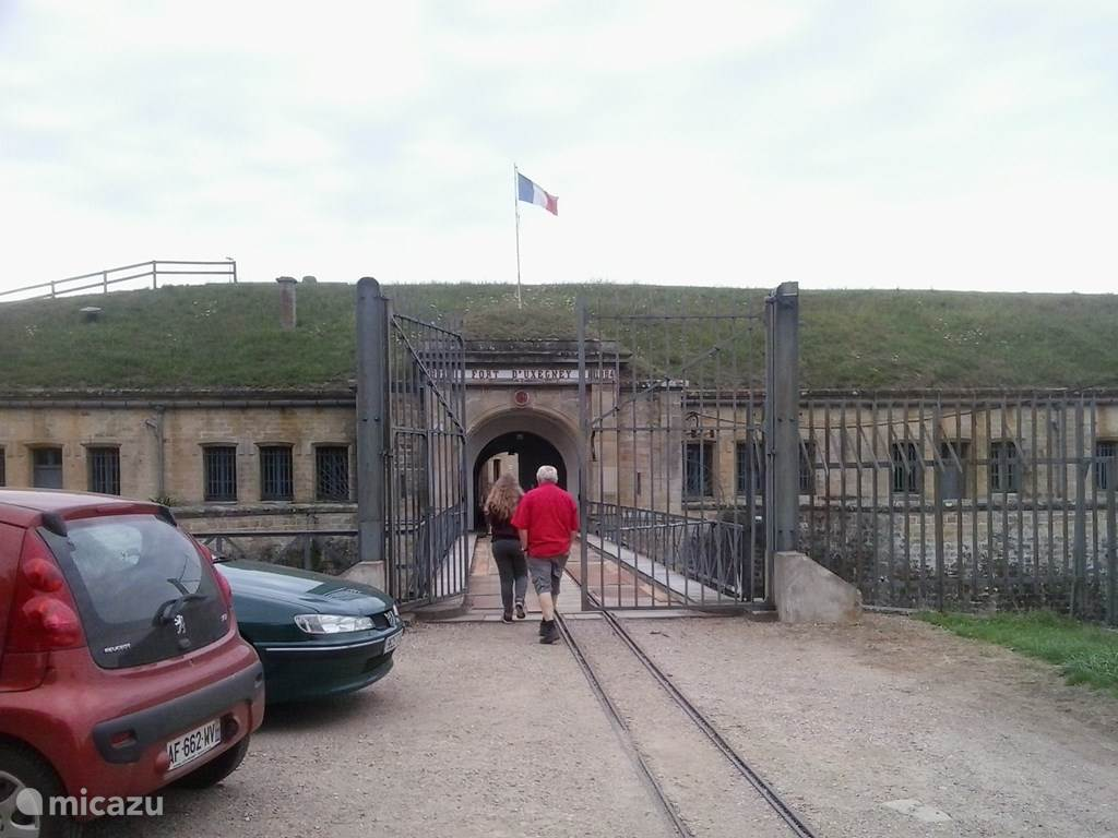 Fort Uxegny