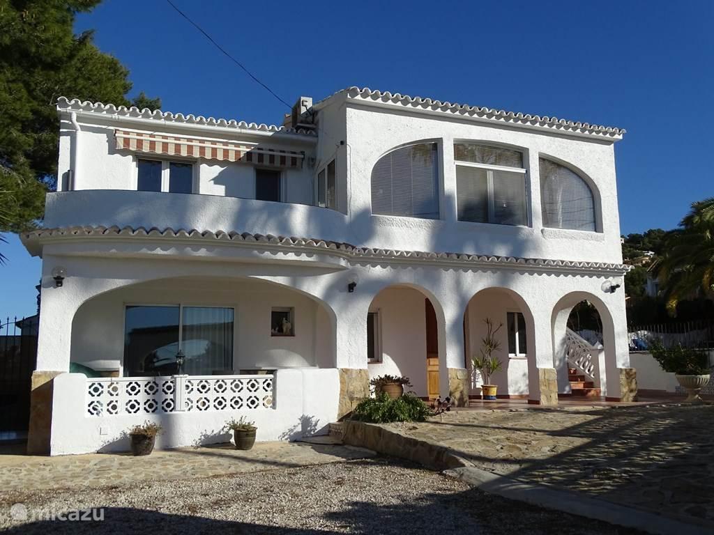 Vacation Rental Spain, Costa Blanca, Moraira Apartment The Three Palms ...