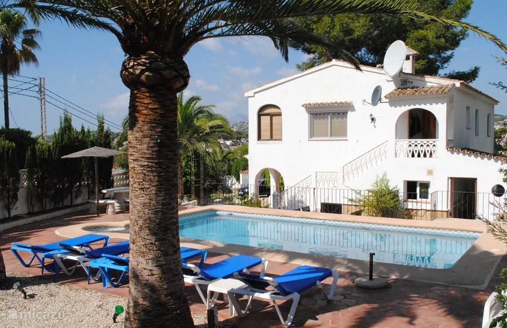 Villa zwembadzijde