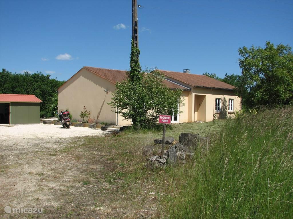 Vakantiehuis Frankrijk, Dordogne, Saint-Amand-de-Coly bungalow Les Malènies