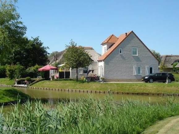 Vacation rental Netherlands, South Holland, Hellevoetsluis - bungalow Wiels Home