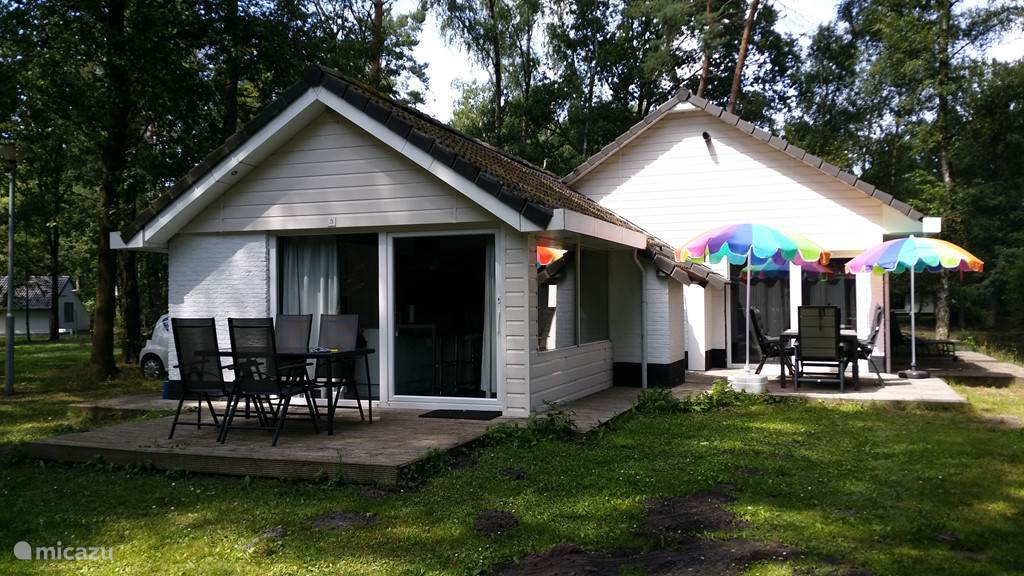 Vakantiehuis Nederland, Limburg, Stramproy - bungalow Vosseven 3 Riante vrijstaande bung.